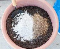 Агроперлит или вермикулит: что лучше и где применяют?